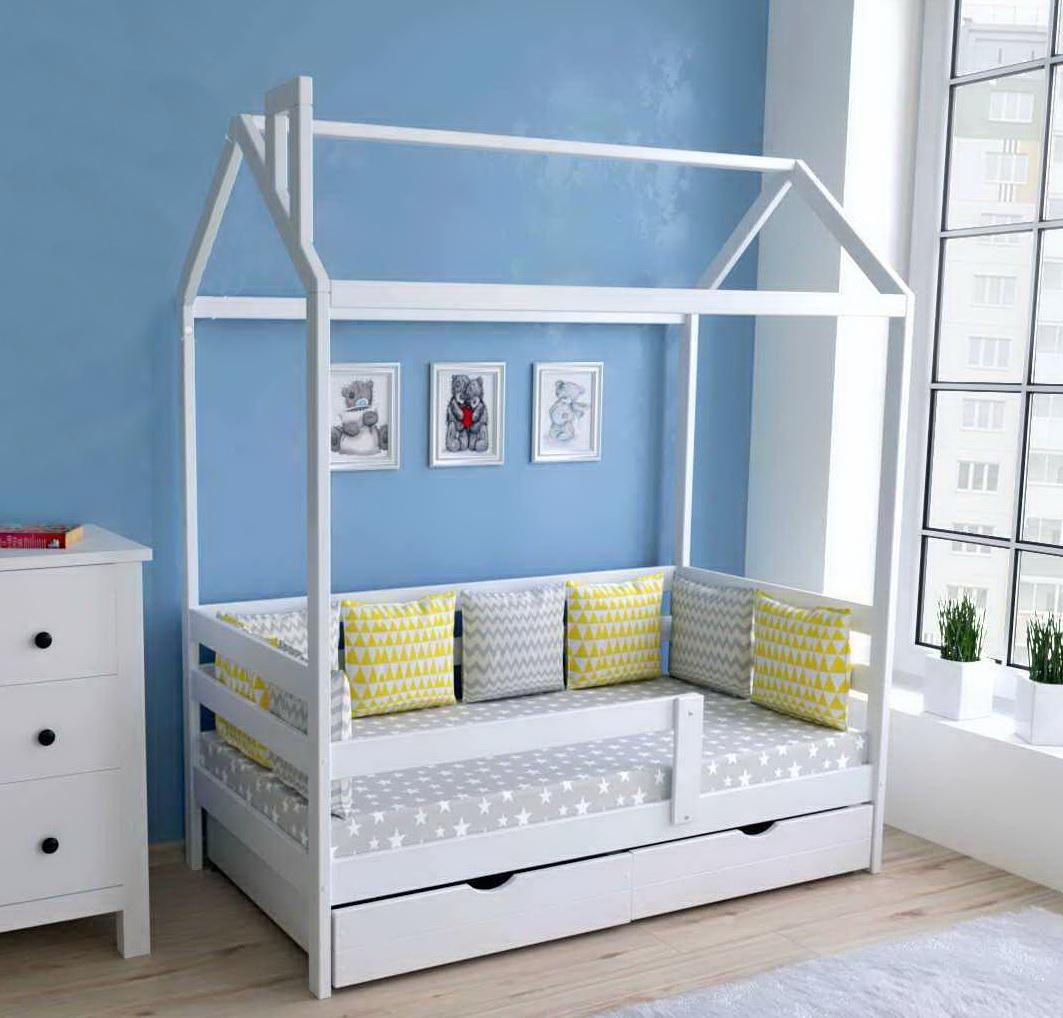 Кровать-домик из массива с ящиком