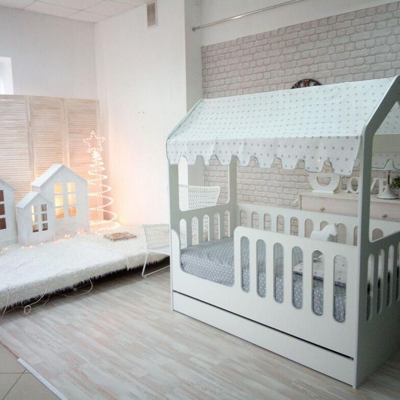 Кровать-домик из ЛДСП с ящиком